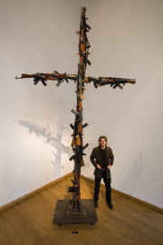 Alp Galeries - AK 47